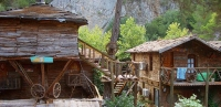 Tree houses and bungalows in Olympos Antalya