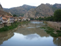 Houses located in Yaliboyu district of Amasya.
